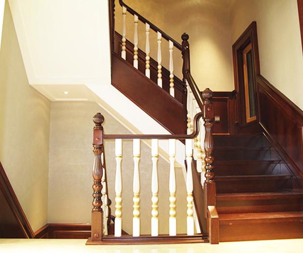 有关扬州实木楼梯的楼梯布置